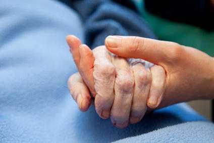 常见的镇静剂与阿尔茨海默病患者肺炎风险增加有关