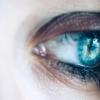 发现后部多态性角膜营养不良的新遗传原因