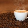 新研究称咖啡因改变了人们对甜味的感知