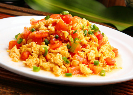 科普西红柿炒鸡蛋隐藏健康秘密及