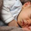 对于焦虑的配偶婴儿可能是竞争对手