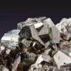 研究人员发现致密二氧化硫中的压力诱导多态性