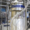 强大的新型磁铁为冻结量子材料提供了新的见解