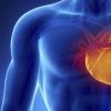 一名73岁低氧血症性呼吸衰竭和心脏功能障碍的人