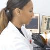 研究人员利用芯片上人类方法对ALS病理学进行建模
