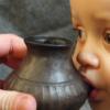 早期婴儿奶瓶用于向史前婴儿喂养动物奶的初步证据