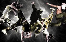 通过跳霹雳舞锻炼身体正逐渐成为一种新潮的健身方式