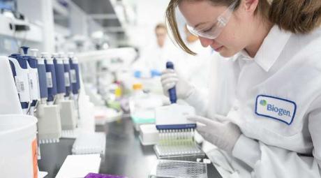 FDA小组敦促拒绝实验性阿尔茨海默氏症药物