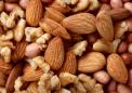 研究发现吃坚果可以增加结肠癌患者的生存率