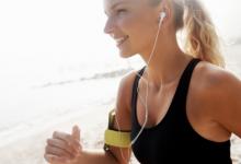 在高强度运动中使用音乐和视频会改变感知的运动