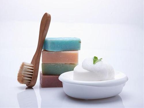 抗菌肥皂添加剂可加重小鼠脂肪肝疾病