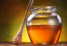 科学研究者使用蜂蜜作为基本成分创建了单层石墨烯