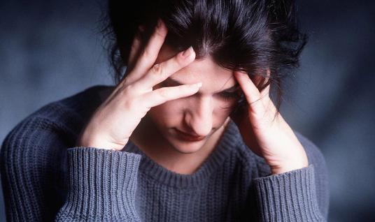 科学家研究了压力如何使一个人生病