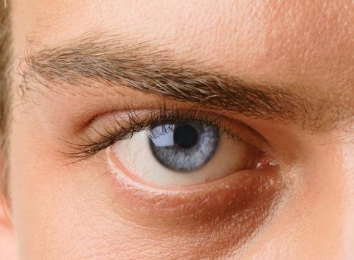 研究发现每天喝一杯热茶可将青光眼的风险降低74%