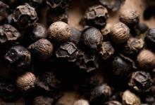 研究表明黑胡椒可以降低体内脂肪和血糖