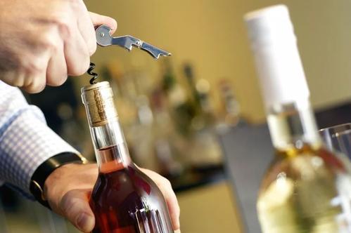研究表明心律失常的患者不可以大量饮酒