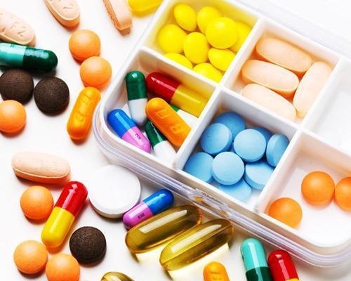 研究人员发现与痴呆症相关的广泛使用的药物