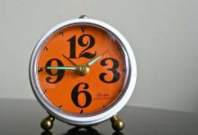 新型原子钟可以帮助科学家发现暗物质并研究重力对时间的影响